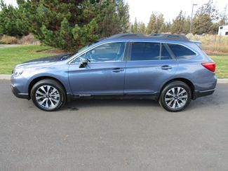 2017 Subaru Outback Limited 2.5i AWD Bend, Oregon 1