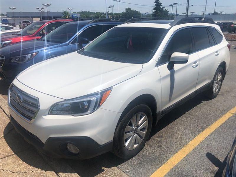 2017 Subaru Outback Premium | Huntsville, Alabama | Landers Mclarty DCJ & Subaru in Huntsville Alabama
