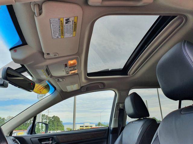 2017 Subaru Outback 3.6R Limited AWD Eyesight/Leather/Navi/RAB/Harmon in Louisville, TN 37777
