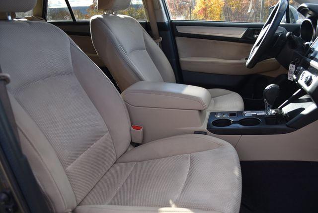 2017 Subaru Outback Premium Naugatuck, Connecticut 2