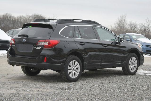 2017 Subaru Outback Premium Naugatuck, Connecticut 4