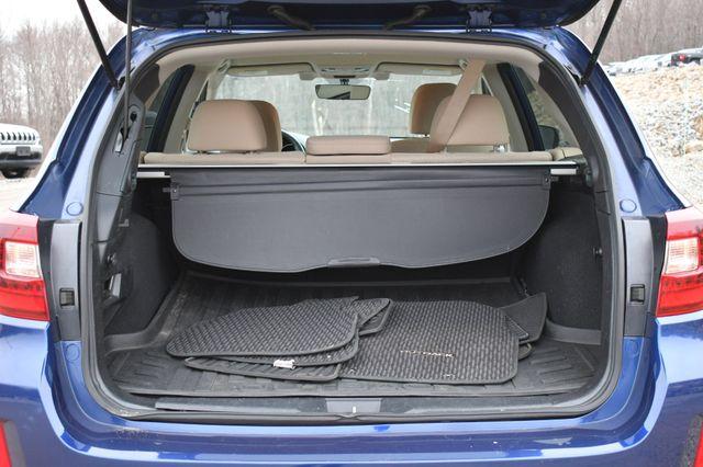 2017 Subaru Outback Premium Naugatuck, Connecticut 12