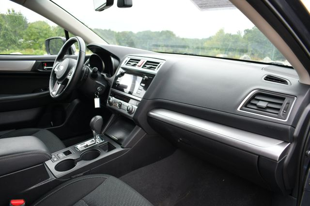 2017 Subaru Outback Premium AWD Naugatuck, Connecticut 11