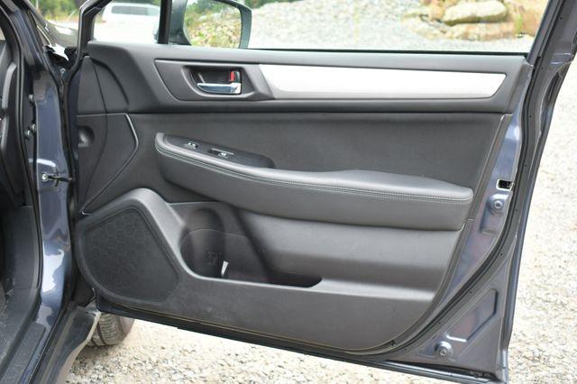 2017 Subaru Outback Premium AWD Naugatuck, Connecticut 12