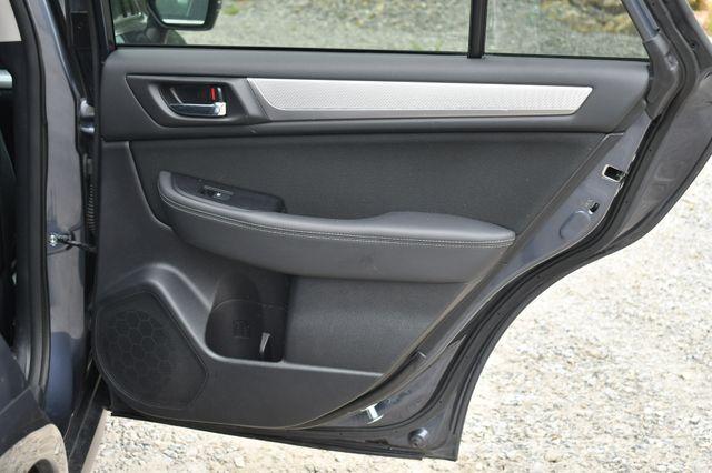2017 Subaru Outback Premium AWD Naugatuck, Connecticut 13