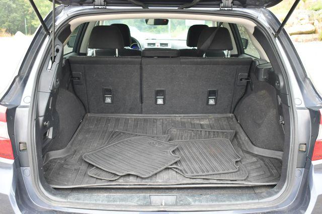2017 Subaru Outback Premium AWD Naugatuck, Connecticut 14