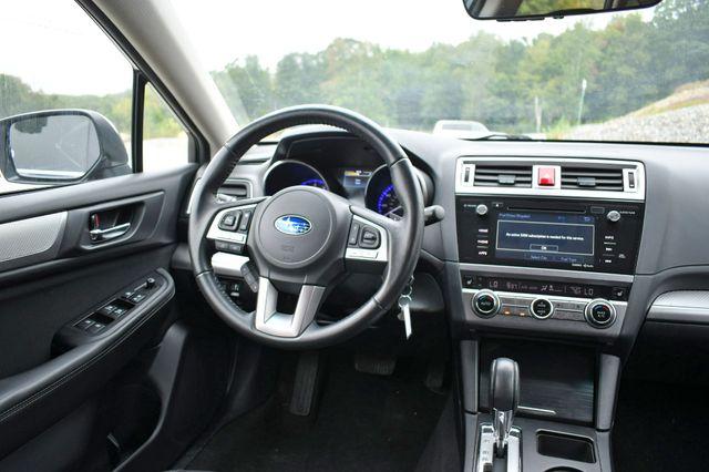 2017 Subaru Outback Premium AWD Naugatuck, Connecticut 18