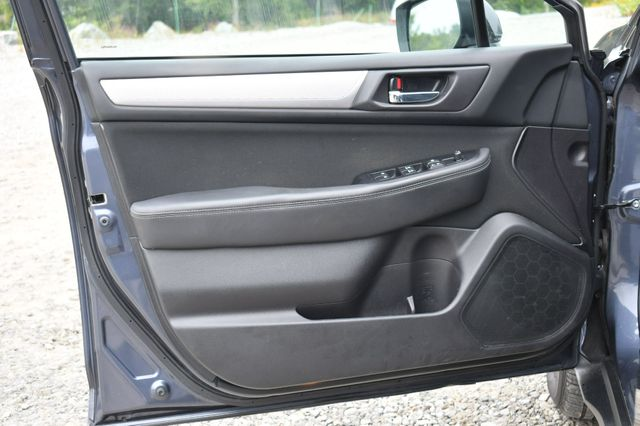 2017 Subaru Outback Premium AWD Naugatuck, Connecticut 21