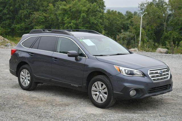2017 Subaru Outback Premium AWD Naugatuck, Connecticut 8