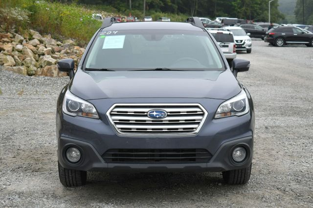 2017 Subaru Outback Premium AWD Naugatuck, Connecticut 9