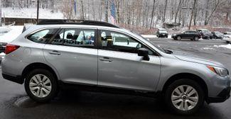 2017 Subaru Outback 2.5i Waterbury, Connecticut 8