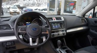 2017 Subaru Outback 2.5i Waterbury, Connecticut 10