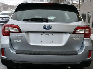 2017 Subaru Outback 2.5i Waterbury, Connecticut 4