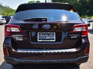 2017 Subaru Outback Touring Waterbury, Connecticut 5