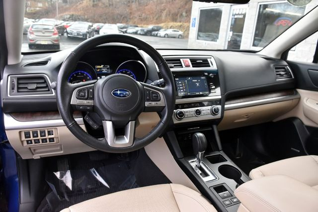 2017 Subaru Outback Limited Waterbury, Connecticut 17