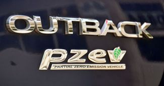2017 Subaru Outback Limited Waterbury, Connecticut 13