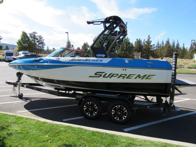 2017 Supreme Only 34 Hours! S211 Bend, Oregon 2