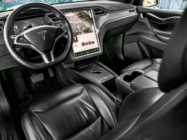 2017 Tesla Model X 90D Burbank, CA 11