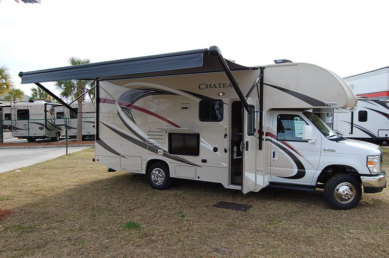 2017 Thor CHATEAU  24F  in Charleston, SC