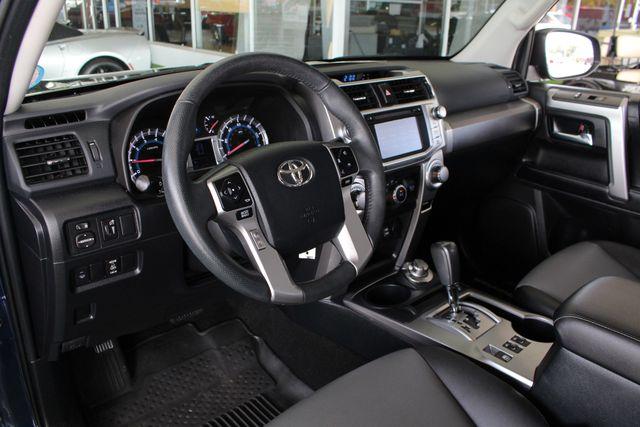 2017 Toyota 4Runner SR5 Premium 4X4 - NAV - SUNROOF - HEATED LEATHER! Mooresville , NC 31