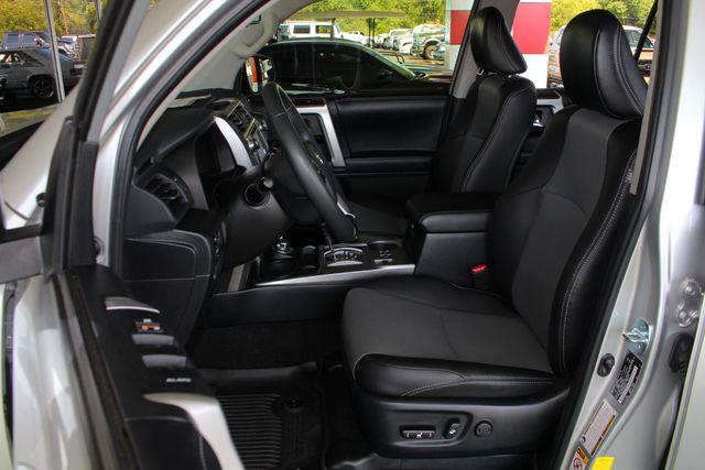 2017 Toyota 4Runner SR5 Premium 4x4 - LIFTED - EXTRA$ - NAV - SUNROOF! Mooresville , NC 8