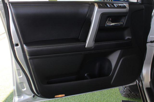 2017 Toyota 4Runner SR5 Premium 4x4 - LIFTED - EXTRA$ - NAV - SUNROOF! Mooresville , NC 52