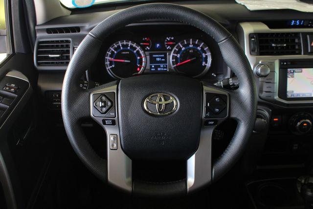 2017 Toyota 4Runner SR5 Premium 4x4 - LIFTED - EXTRA$ - NAV - SUNROOF! Mooresville , NC 6