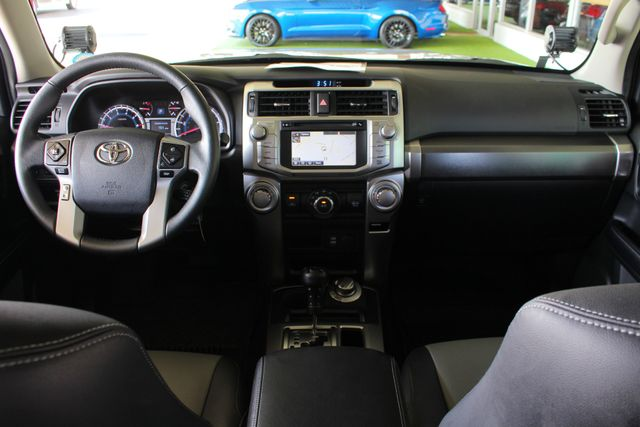 2017 Toyota 4Runner SR5 Premium 4x4 - LIFTED - EXTRA$ - NAV - SUNROOF! Mooresville , NC 35