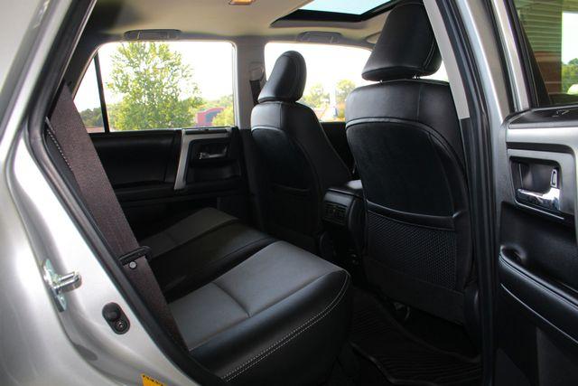 2017 Toyota 4Runner SR5 Premium 4x4 - LIFTED - EXTRA$ - NAV - SUNROOF! Mooresville , NC 48