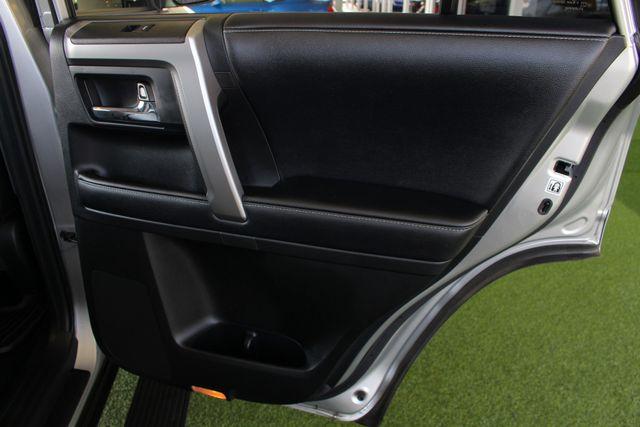 2017 Toyota 4Runner SR5 Premium 4x4 - LIFTED - EXTRA$ - NAV - SUNROOF! Mooresville , NC 55