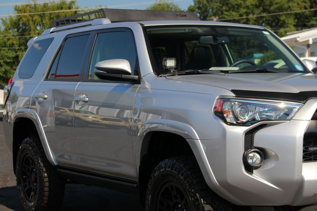 2017 Toyota 4Runner SR5 Premium 4x4 - LIFTED - EXTRA$ - NAV - SUNROOF! Mooresville , NC 27