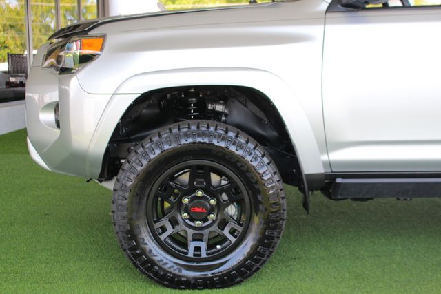 2017 Toyota 4Runner SR5 Premium 4x4 - LIFTED - EXTRA$ - NAV - SUNROOF! Mooresville , NC 22