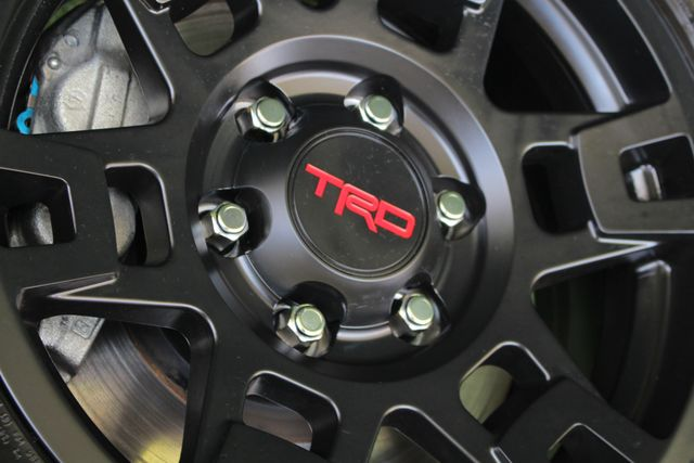 2017 Toyota 4Runner SR5 Premium 4x4 - LIFTED - EXTRA$ - NAV - SUNROOF! Mooresville , NC 62