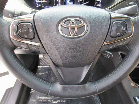 2017 Toyota Avalon XLE | Houston, TX | American Auto Centers in Houston, TX