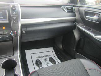 2017 Toyota Camry SE Batesville, Mississippi 24