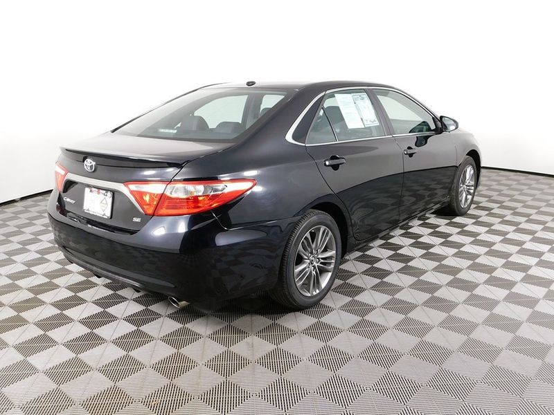 2017 Toyota Camry SE  city Ohio  North Coast Auto Mall of Cleveland  in Cleveland, Ohio