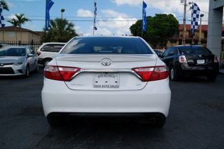 2017 Toyota Camry SE Hialeah, Florida 4