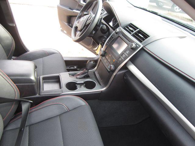 2017 Toyota Camry SE Houston, Mississippi 7