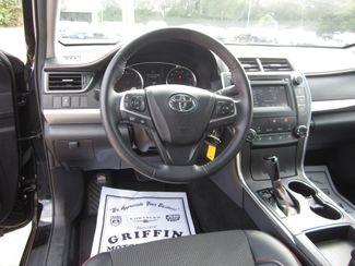 2017 Toyota Camry SE Houston, Mississippi 12