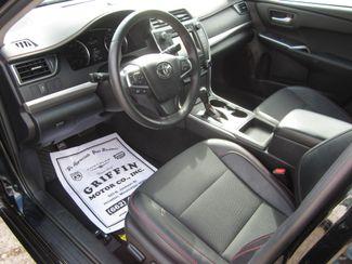 2017 Toyota Camry SE Houston, Mississippi 8