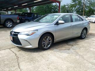 2017 Toyota Camry SE Houston, Mississippi 1