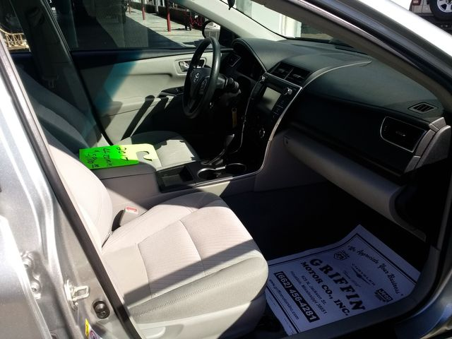 2017 Toyota Camry LE Houston, Mississippi 11