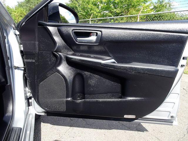 2017 Toyota Camry SE Madison, NC 35