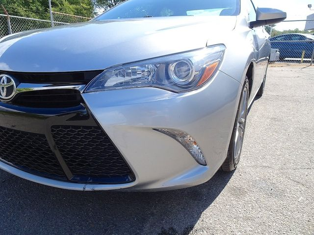 2017 Toyota Camry SE Madison, NC 9