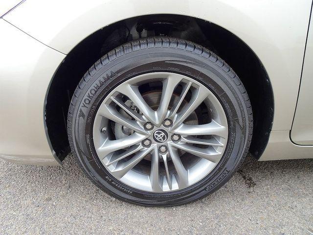2017 Toyota Camry SE Madison, NC 10