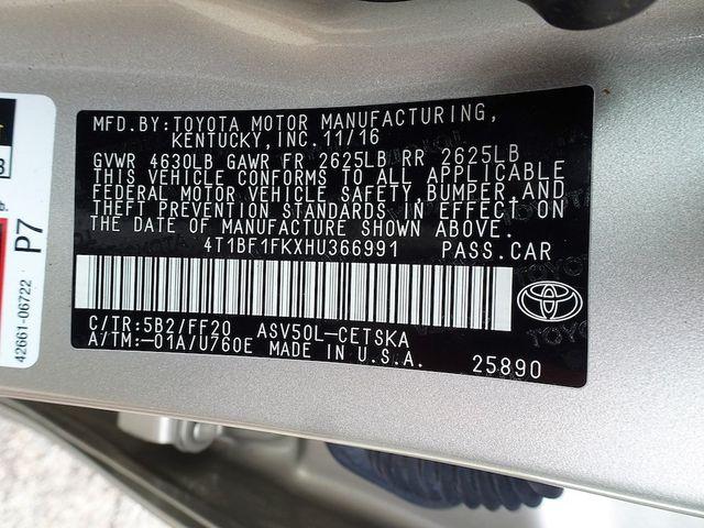 2017 Toyota Camry SE Madison, NC 44