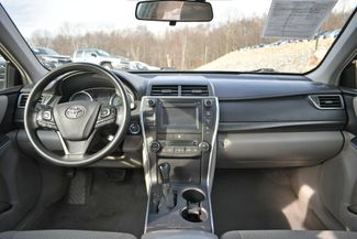 2017 Toyota Camry Hybrid LE Naugatuck, Connecticut 13