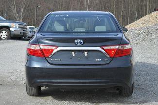 2017 Toyota Camry Hybrid LE Naugatuck, Connecticut 3