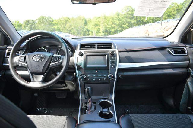 2017 Toyota Camry SE Naugatuck, Connecticut 16