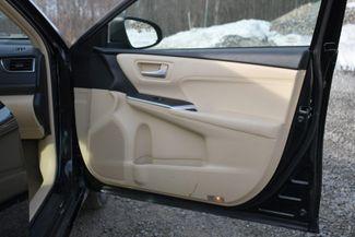 2017 Toyota Camry Hybrid XLE Naugatuck, Connecticut 12